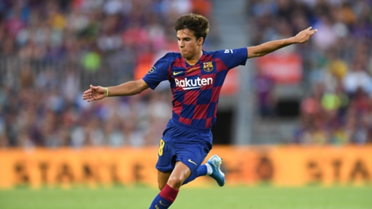 Barcelona product Riqui Puig to 'consider options' if playing time doesn't increase