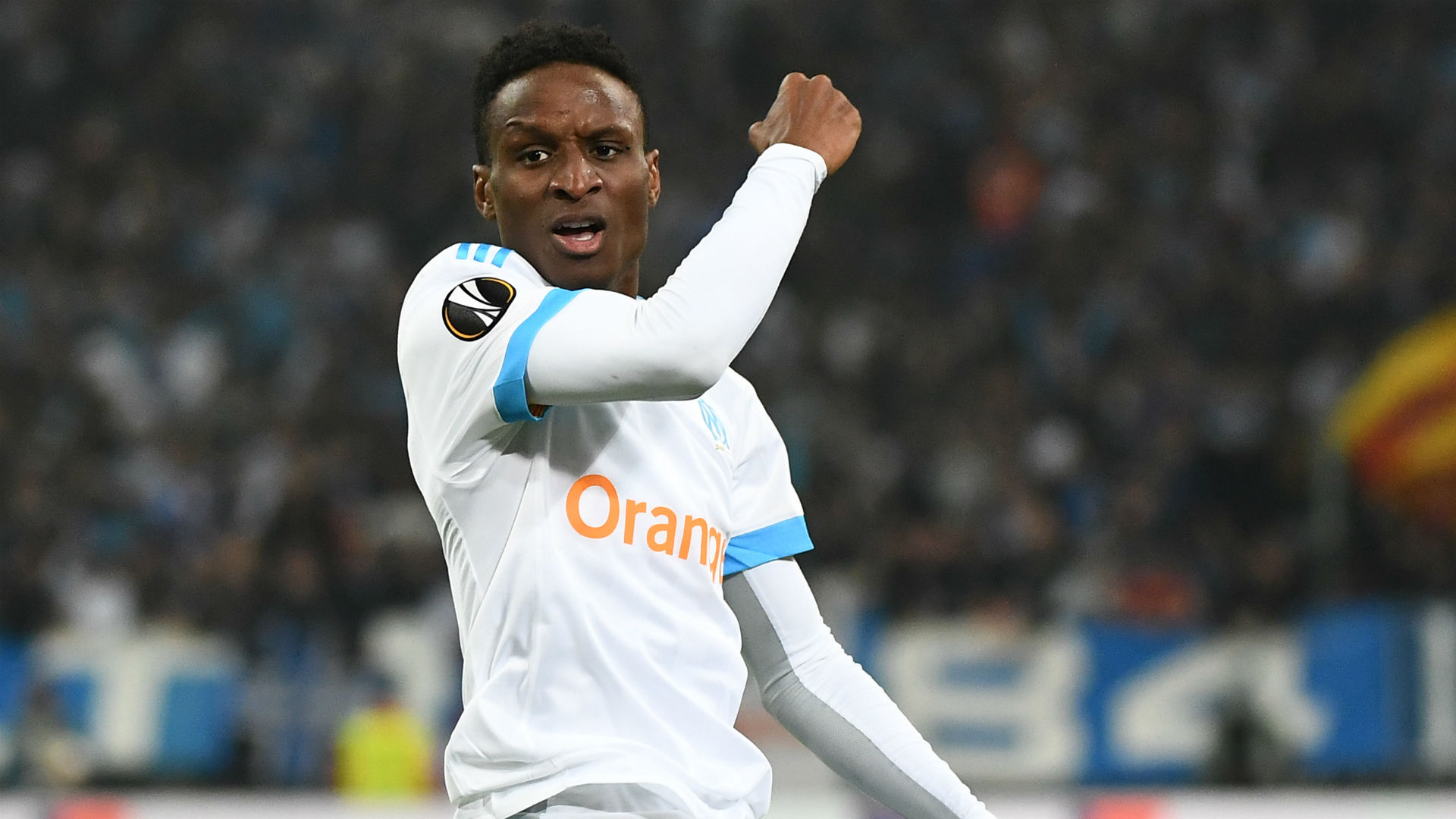 Bayern Munich sign €10m right-back Sarr from Marseille in deal until 2024