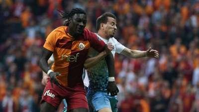 Bafetimbi Gomis Joao Pereira Galatasaray Trabzonspor 412018