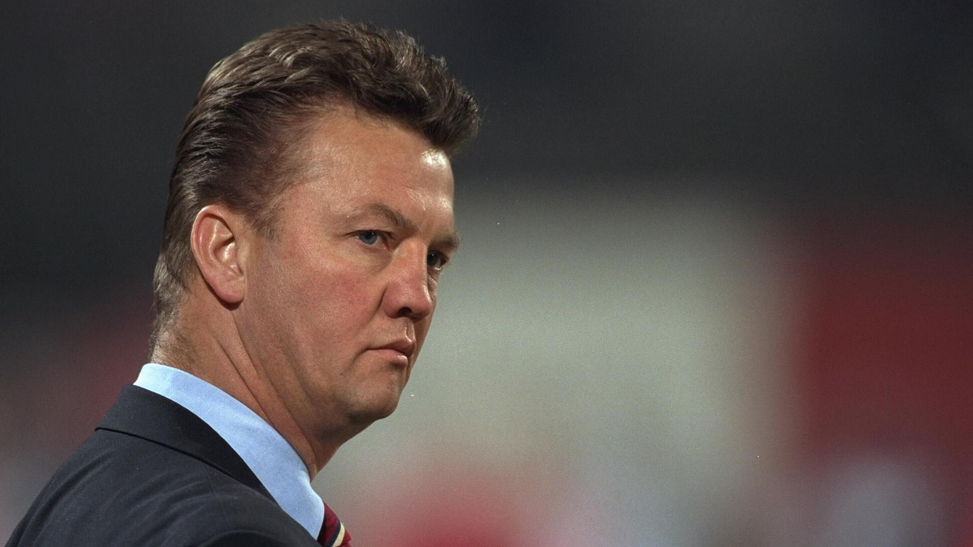 Bundesliga news: 'Louis van Gaal is completely crazy!' - Martin ...