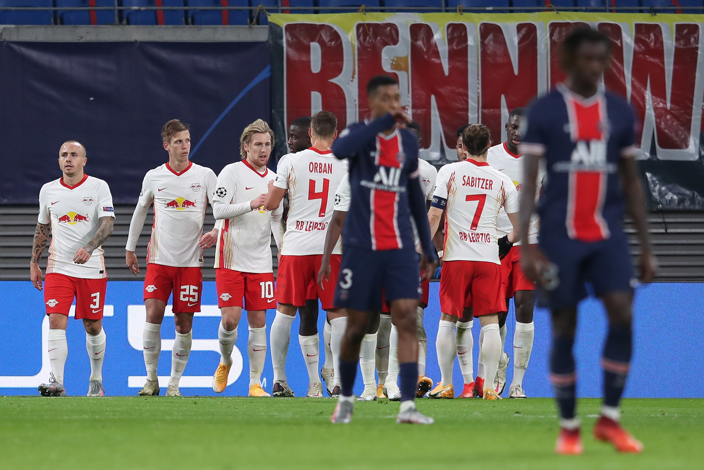Laporan Pertandingan Rb Leipzig 2 1 Paris Saint Germain Goal Com