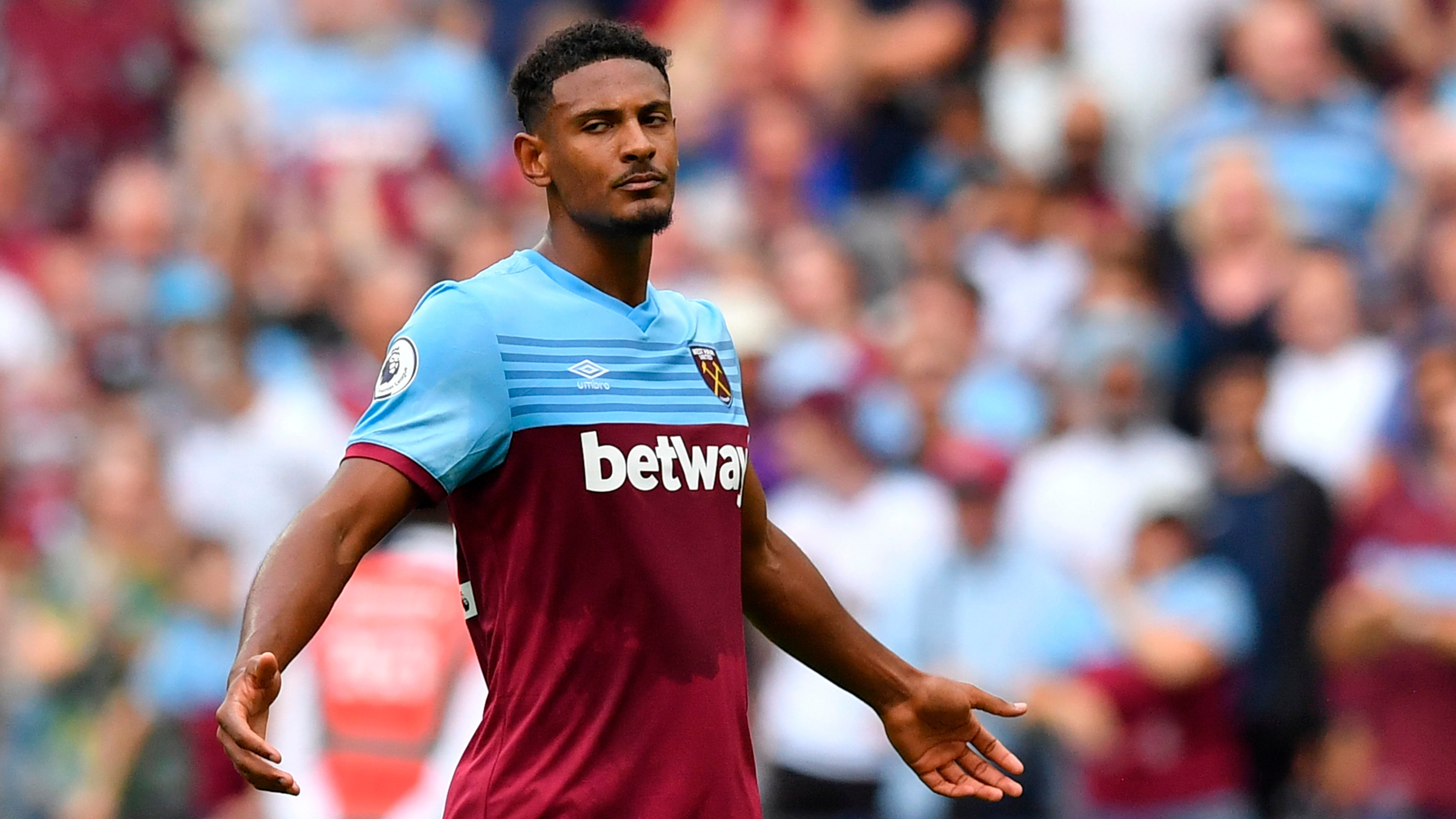 Haller joins Ajax from West Ham in €22.5m club record deal