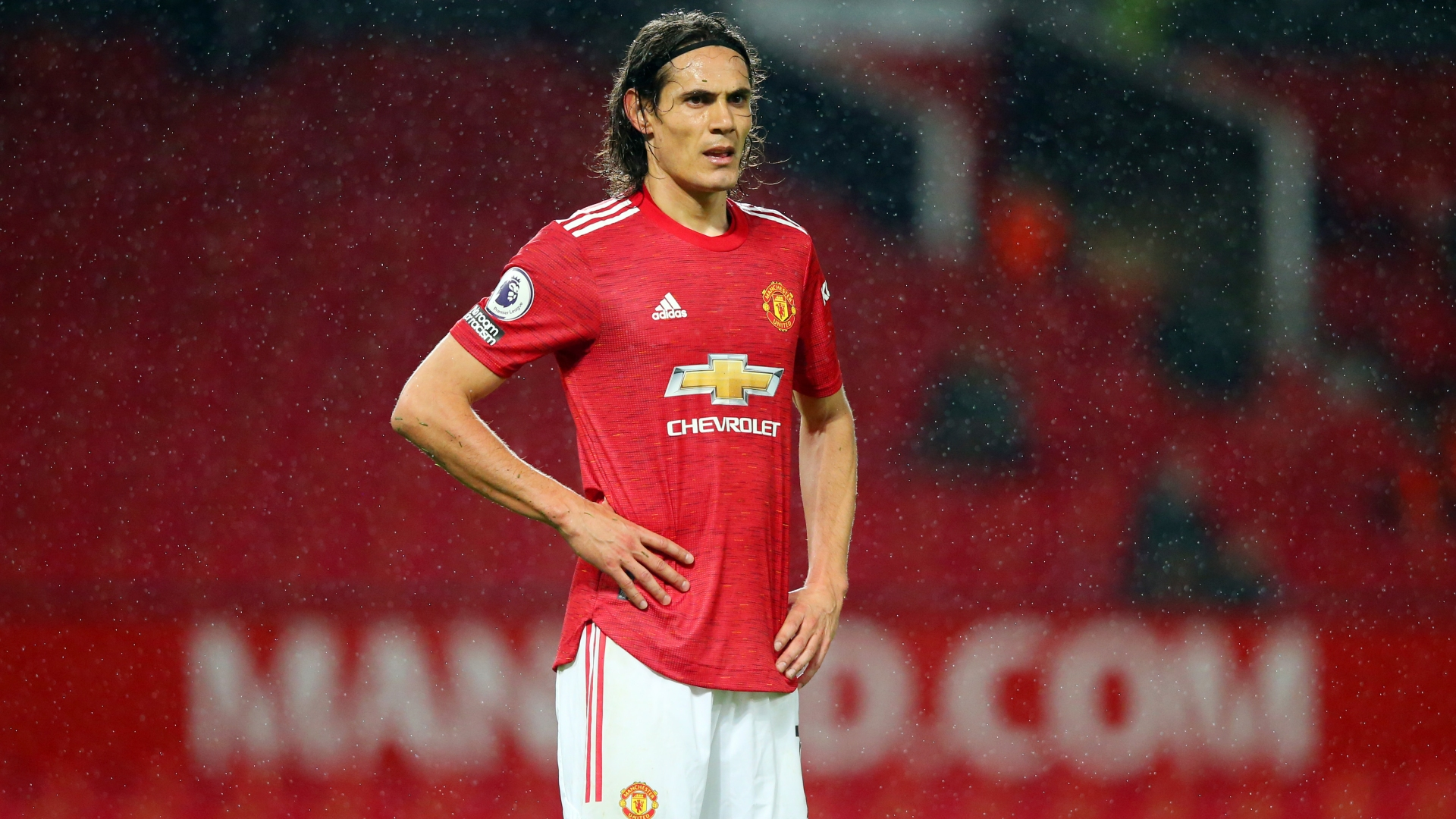 Solskjaer says Cavani must wait to secure regular Man Utd starts