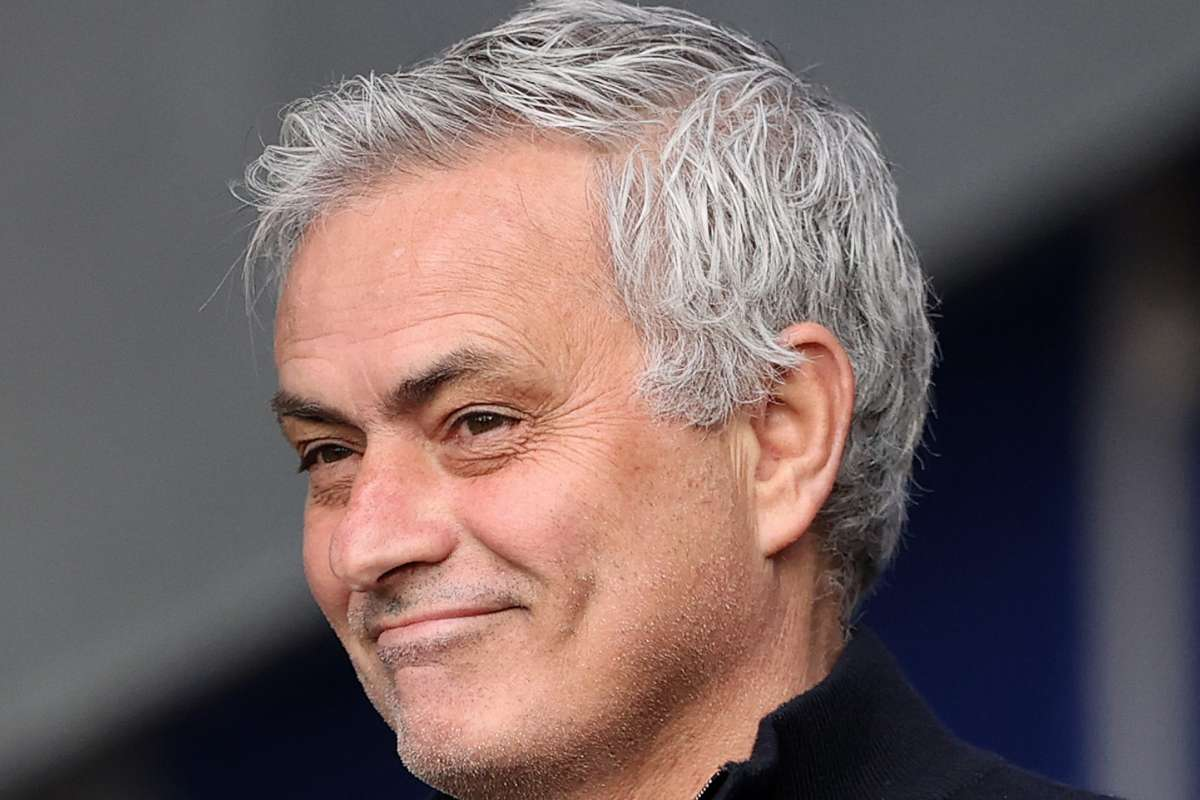 Mourinho is like a cat' – Former Tottenham boss inspires twitter meltdown  after Roma appointment