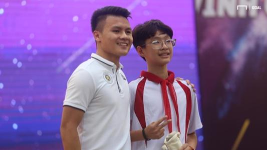 Quang Hải và thành viên Hà Nội FC rạng rỡ trong sự kiện Strong Vietnam | Goal.com