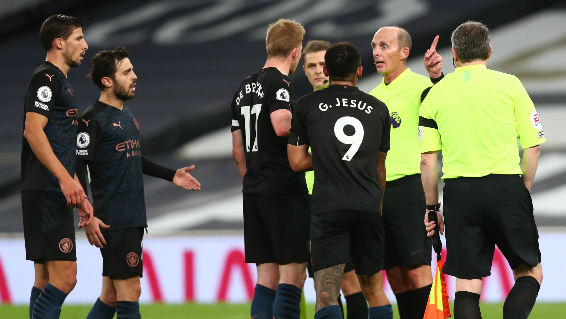 'I don't know the rules anymore!' - De Bruyne questions law changes after Man City defeat