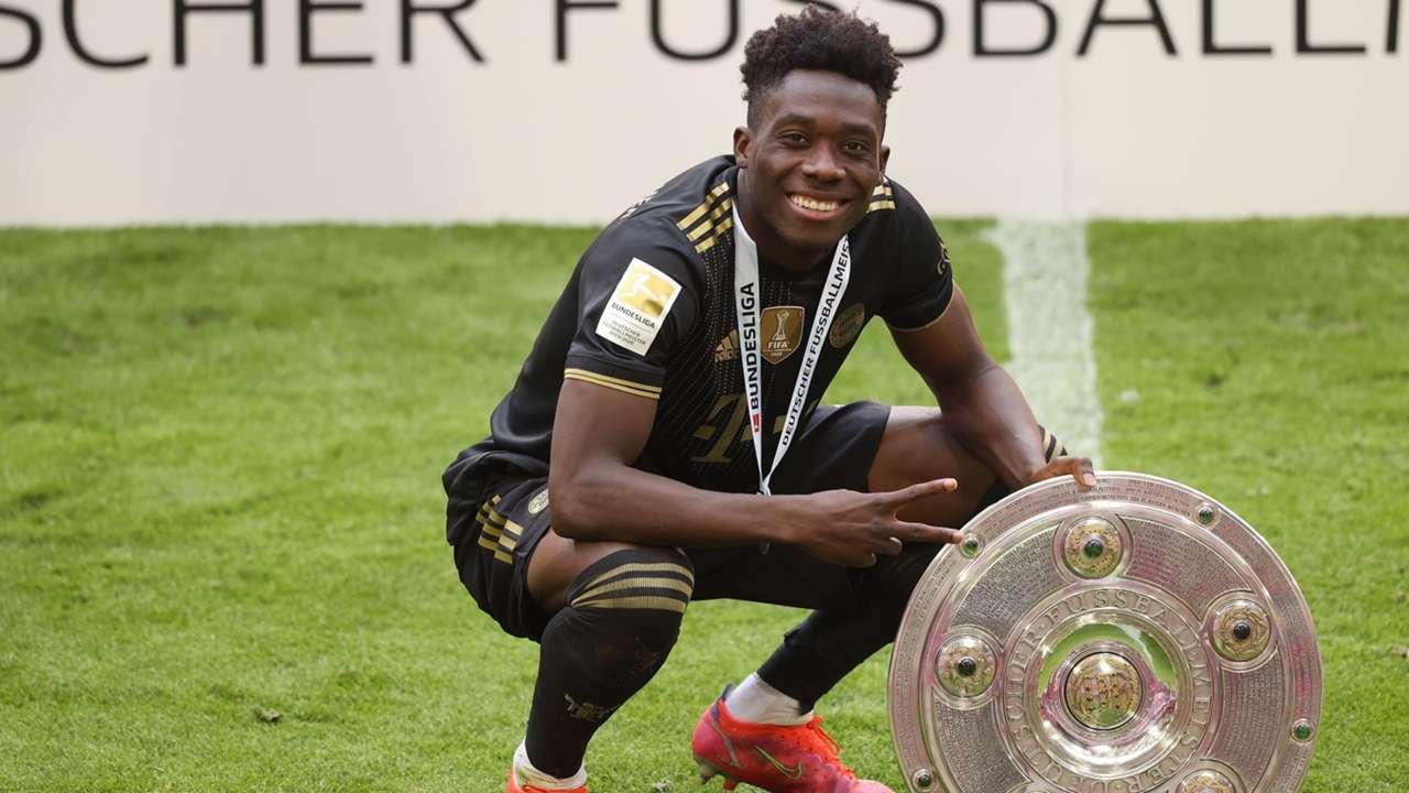 Alphonso Davies Bayern Munich 2021