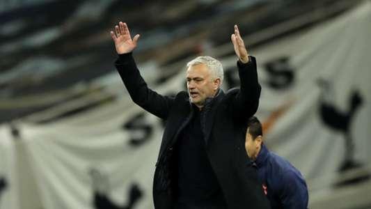 (Ngoại hạng Anh) Mourinho chỉ trích VAR thậm tệ sau hàng loạt sự cố
