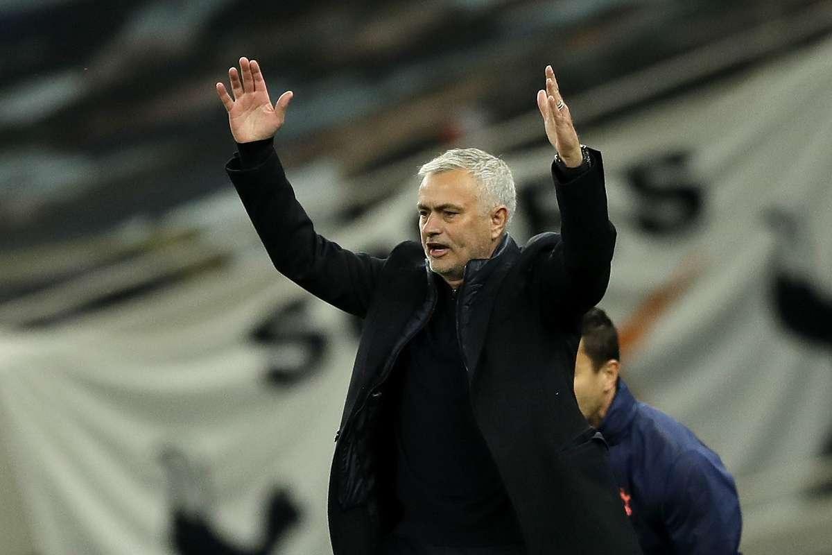 Mourinho speaks out against 'Spursy' coverage after West Ham capitulation |  Goal.com