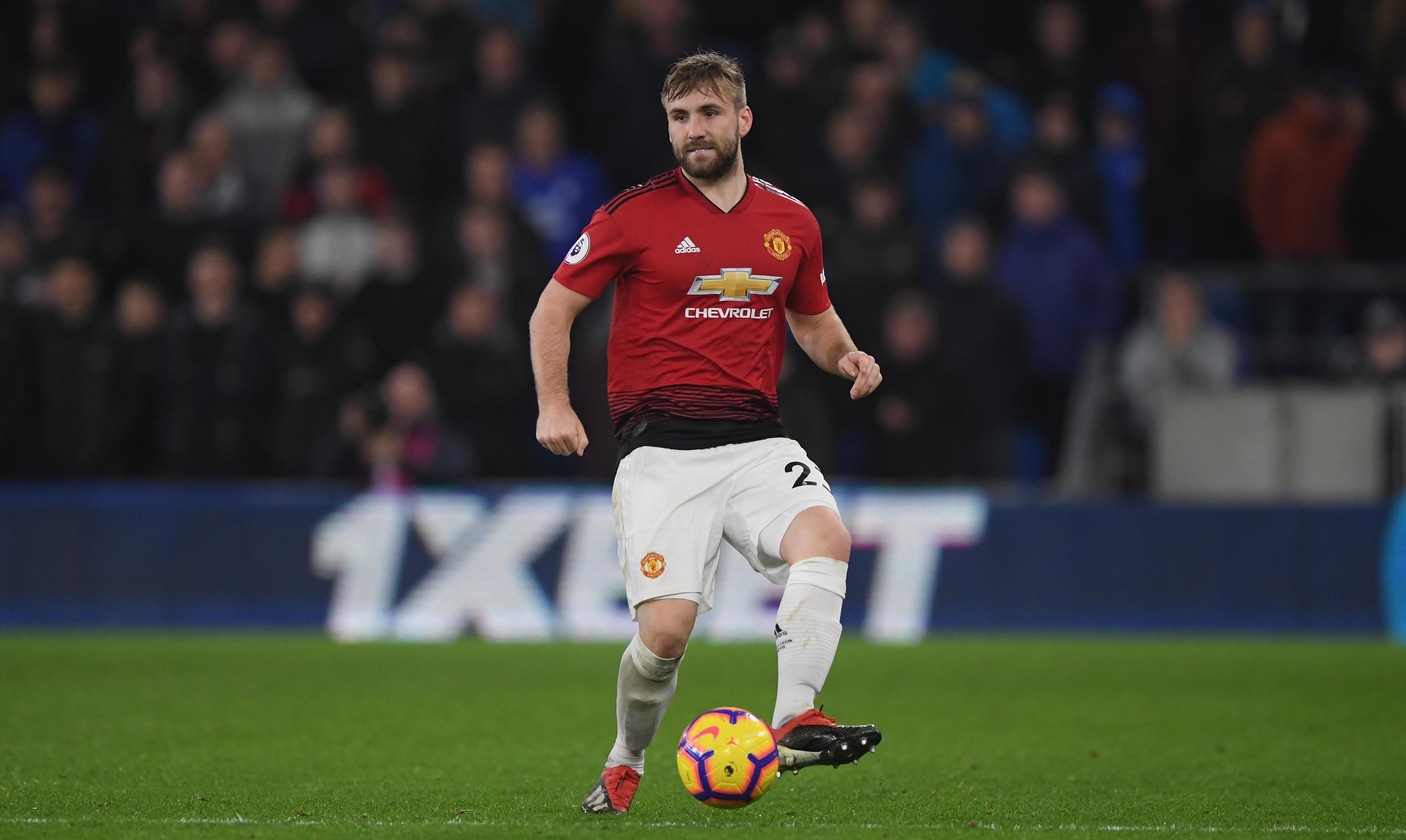 Manchester United Luke Shaw Terpilih Jadi Pemain Terbaik