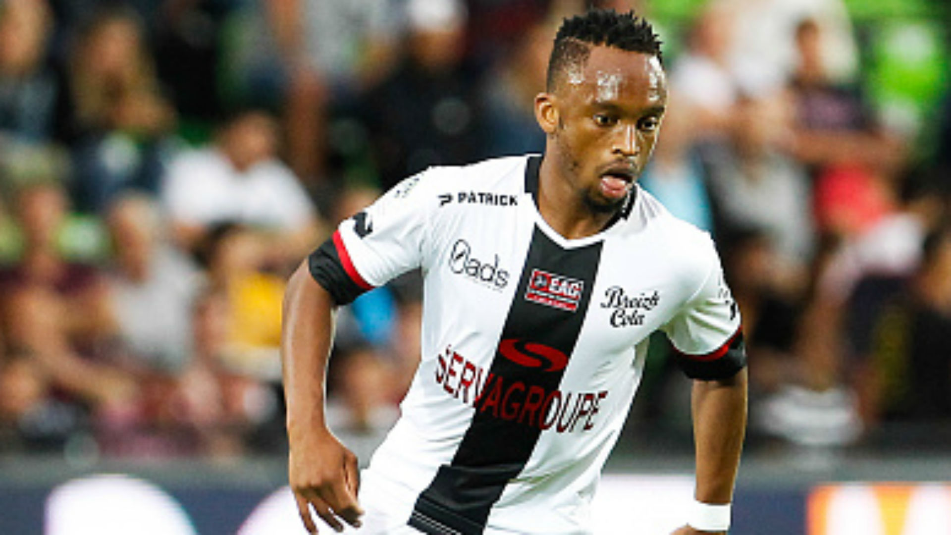Guingamp & Bafana Bafana's Phiri sheds light on life under lockdown and wage cut possibilities
