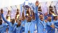 Fernandinho Manchester City Premier League trophy 23 05 2021