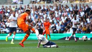 Joelinton goal Newcastle United Tottenham Hotspur