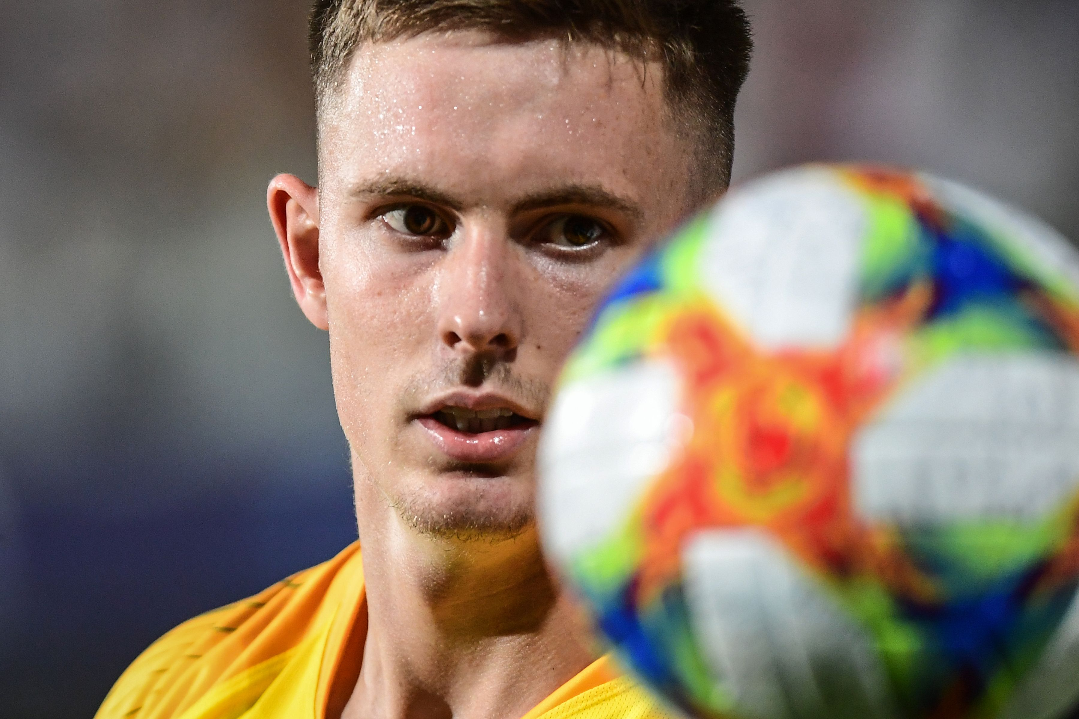 Henderson keeping 'foot on the accelerator' as he chases down Man Utd & England dreams