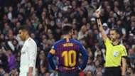 Casemiro y Messi, Real Madrid-Barcelona (tarjeta amarilla)