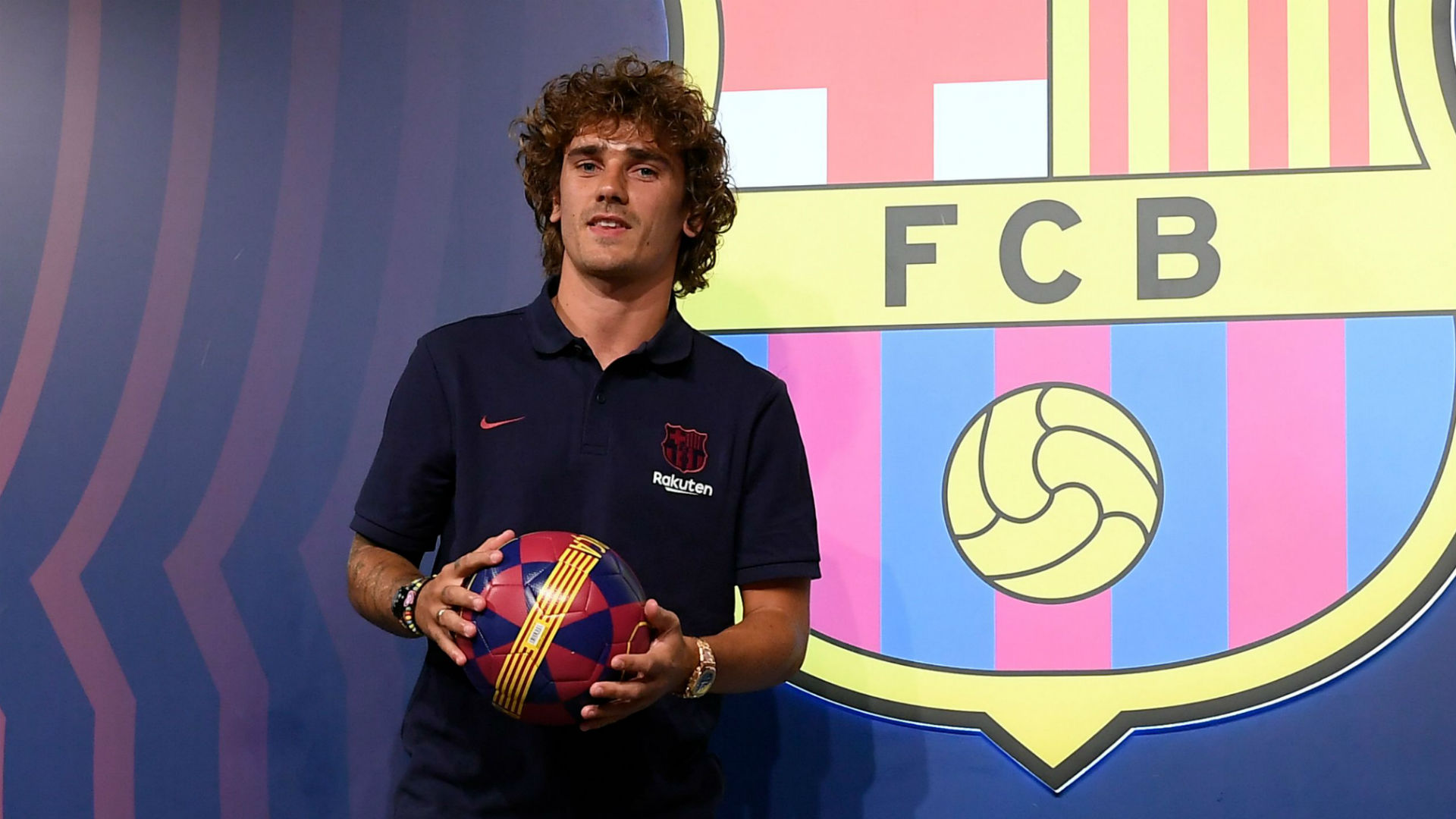 Antoine Griezmann Transfer Strike Claims Playing With Messi