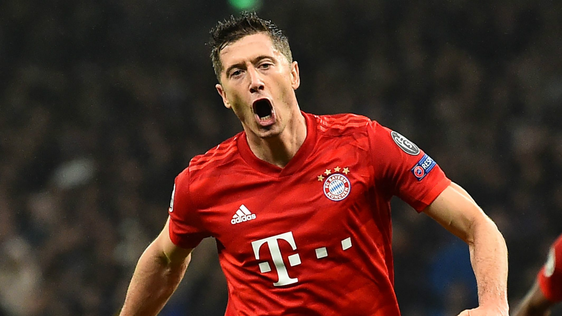 Former Bayern Munich star Elber: I told Lewandowski he is even better than me!