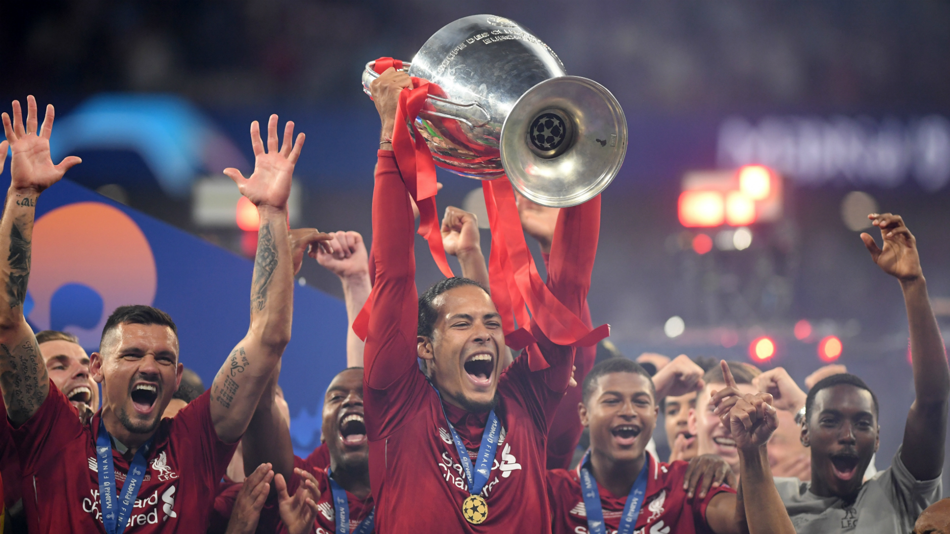 Virgil van Dijk Liverpool Champions League trophy