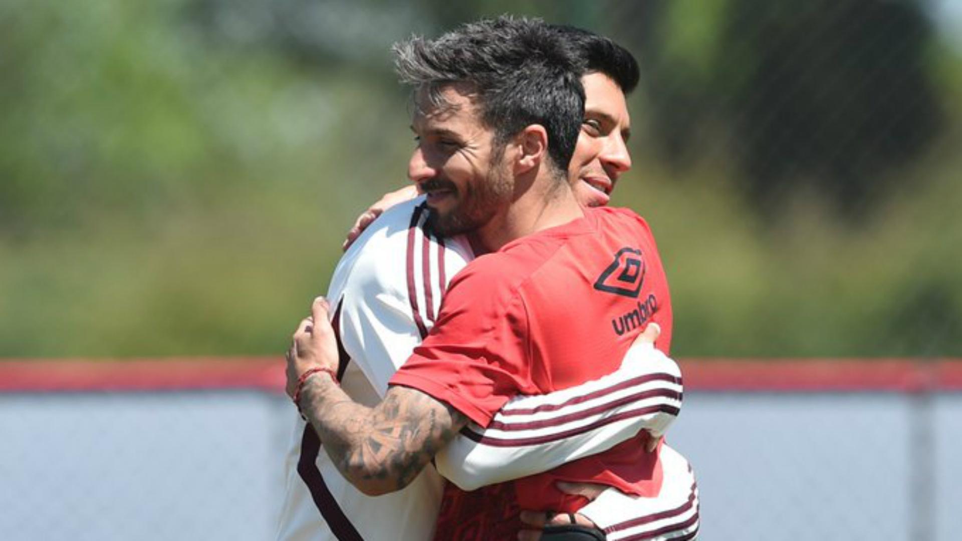 La inevitable ley del ex: Scocco le metió dos goles a River | Goal.com