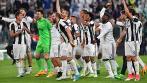 Juventus celebrating vs Monaco