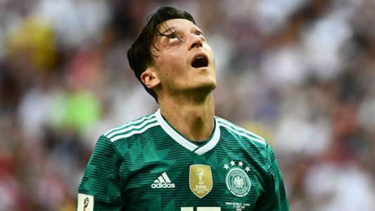 LĐBĐ Đức thừa nhận sai lầm vì không bảo vệ Ozil