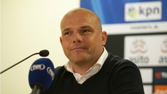 HLV Heerenveen: 'Chúng tôi sẽ còn cần đến Văn Hậu nhiều hơn nữa'