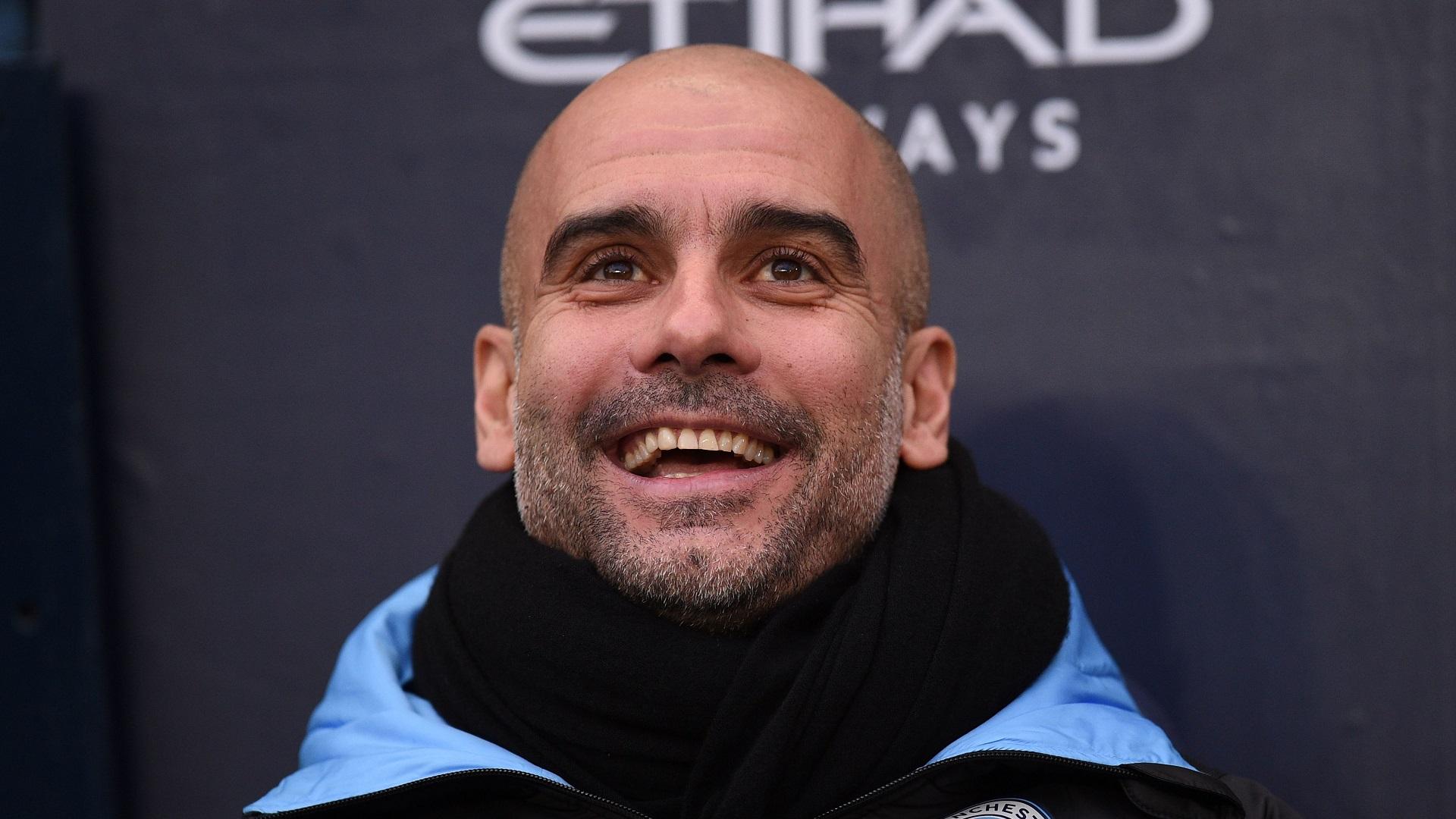"""VIDÉO - Pep Guardiola : """"Pourquoi ne pas envisager de prolonger ?"""""""