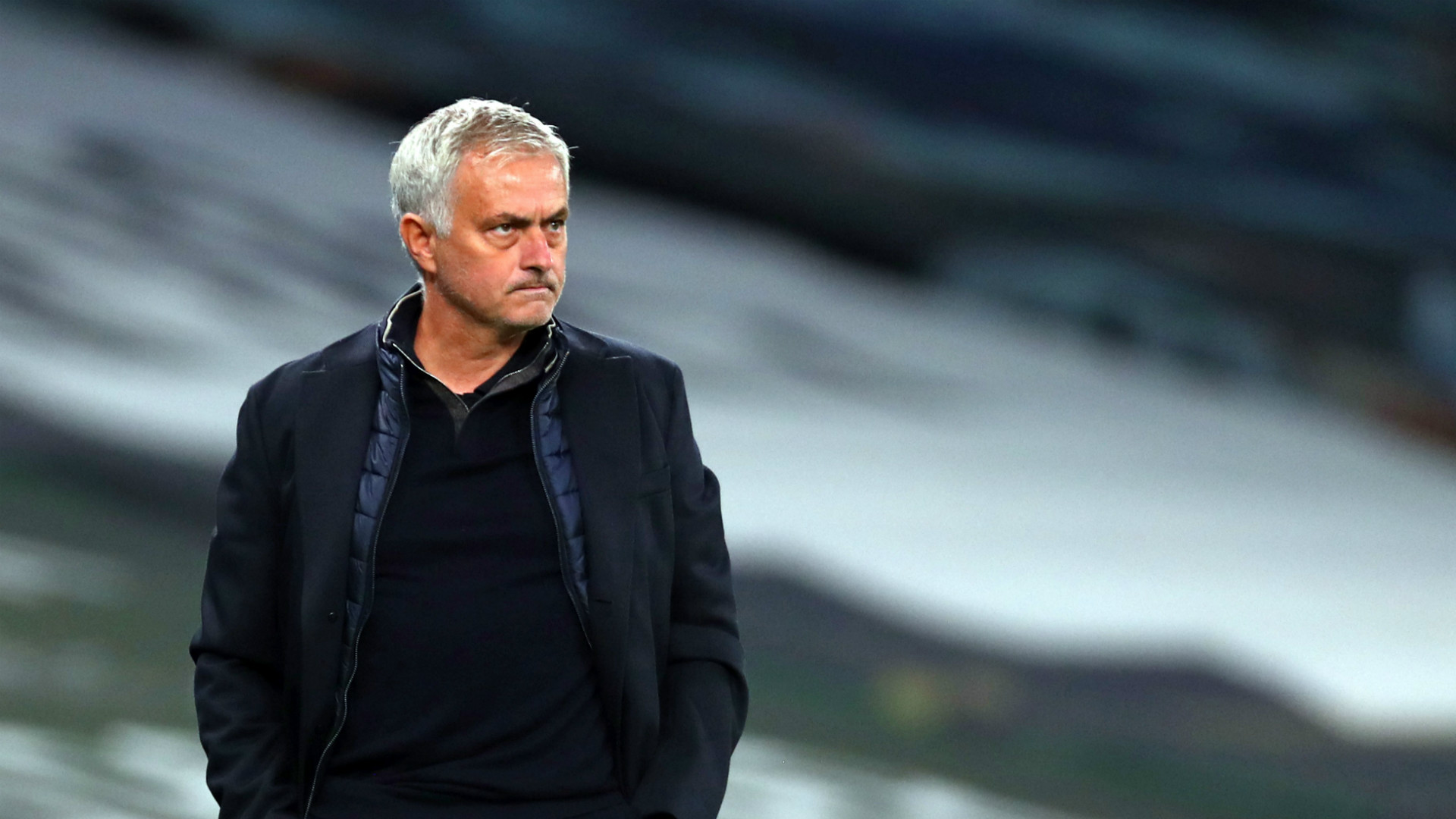 Mourinho attacks Premier League managers for touchline antics and insists he is 'a great example of good behaviour'   Goal.com