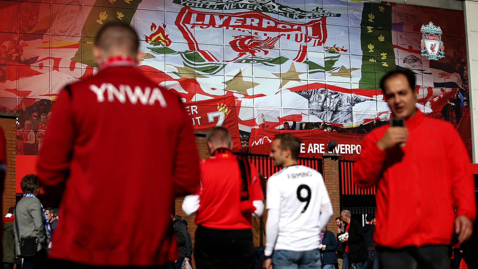 Liverpool fans 2018-19