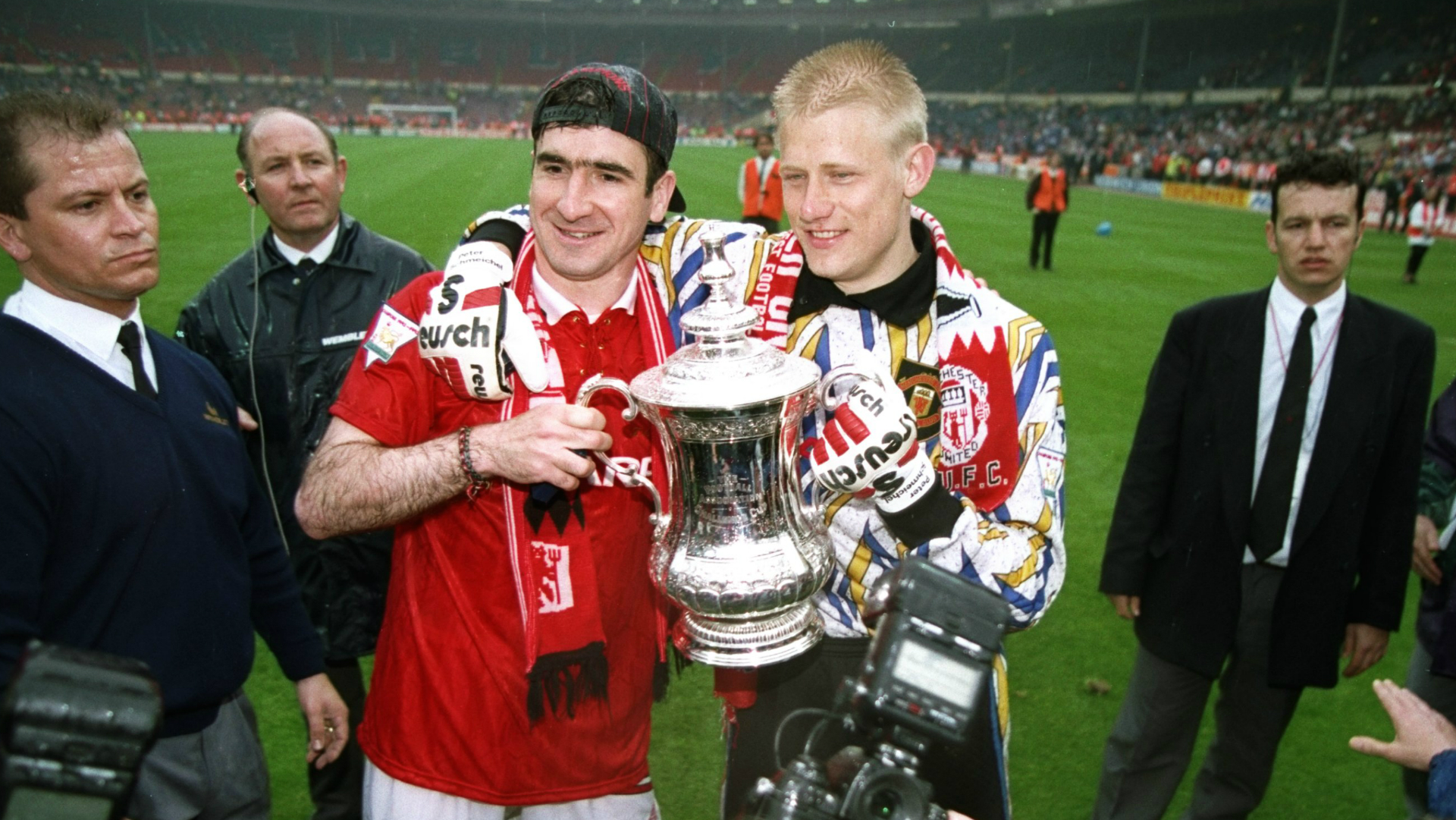 Graeme Souness rejected chance to sign Peter Schmeichel and Eric Cantona for Liverpool | Goal.com