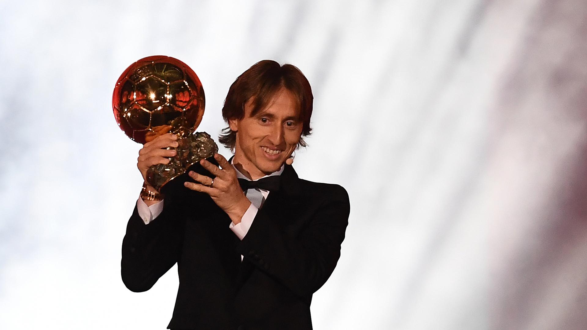 Ballon d'Or live: Modric beats Ronaldo and Messi to win best player award    Goal.com