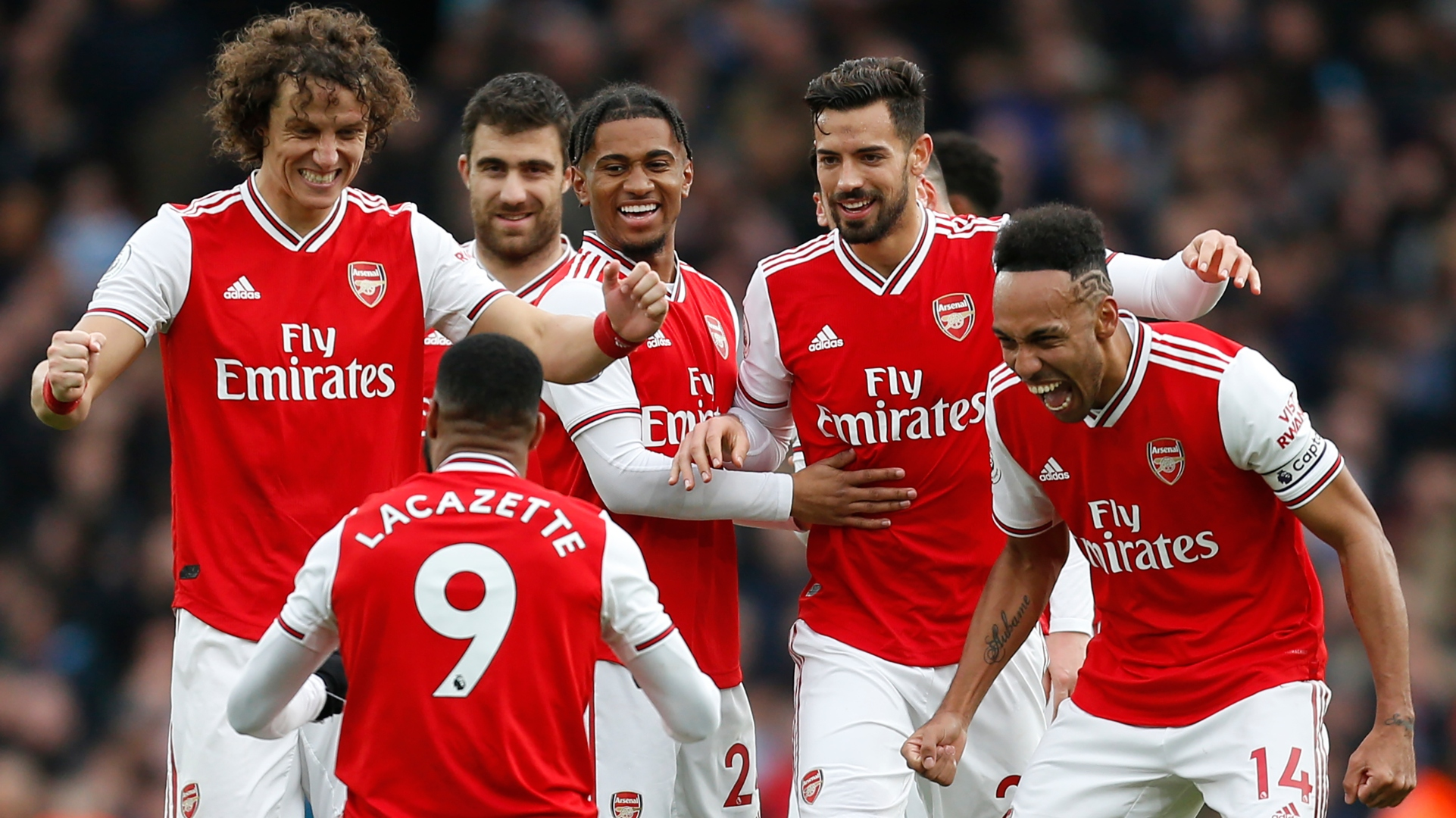 Arsenal celebrating Alexandre Lacazette