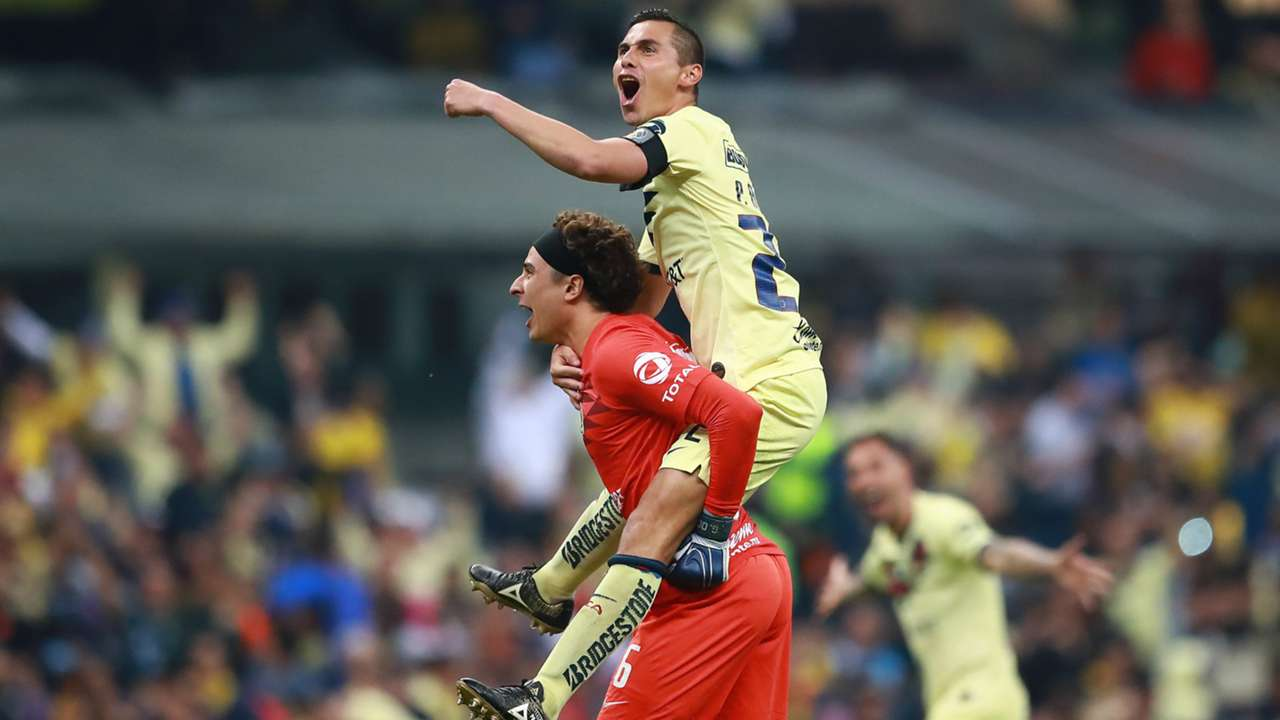 Guillermo Ochoa Paul Aguilar Club America