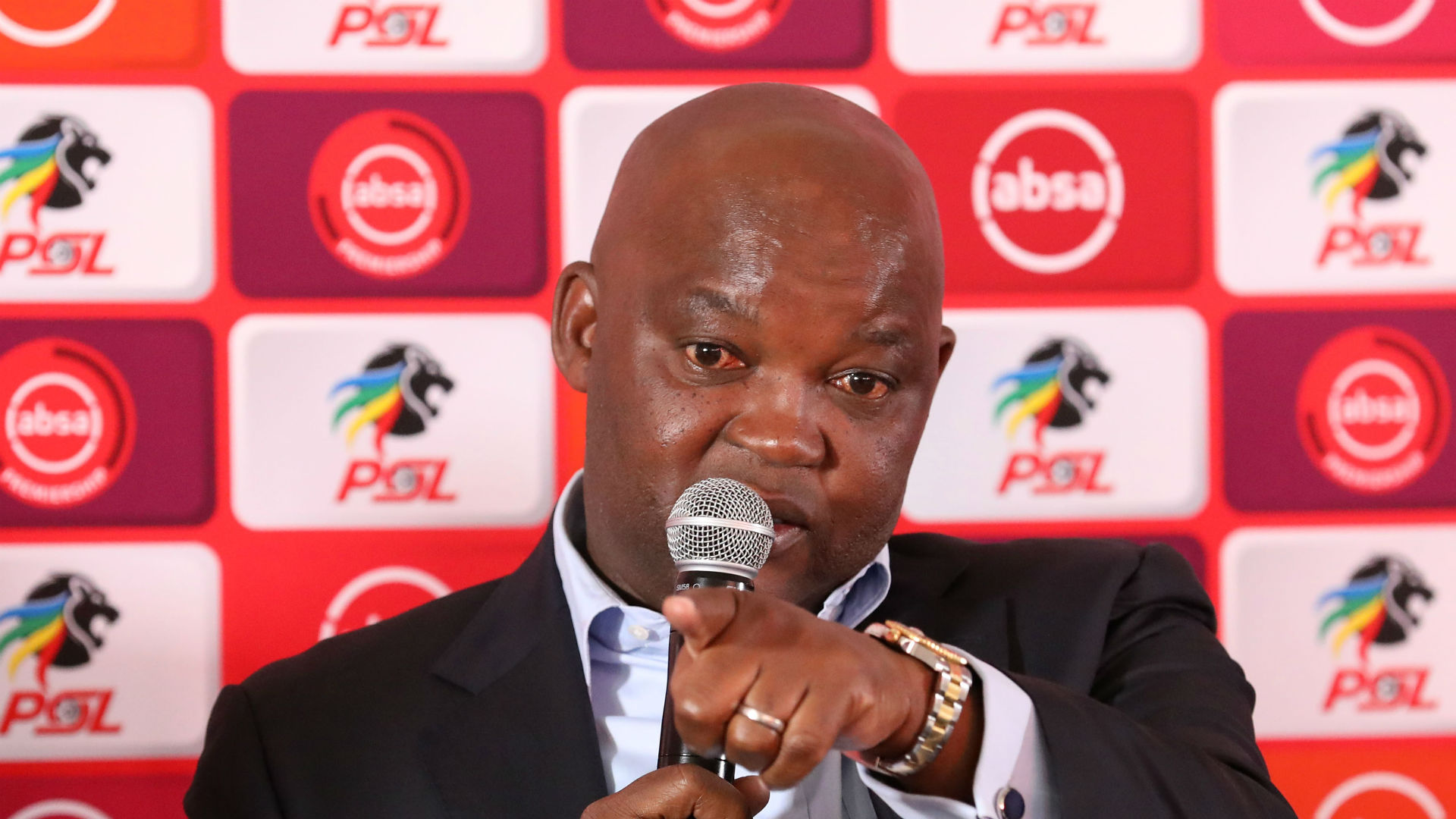 Mamelodi Sundowns coach Mosimane lets the cat out of the bag