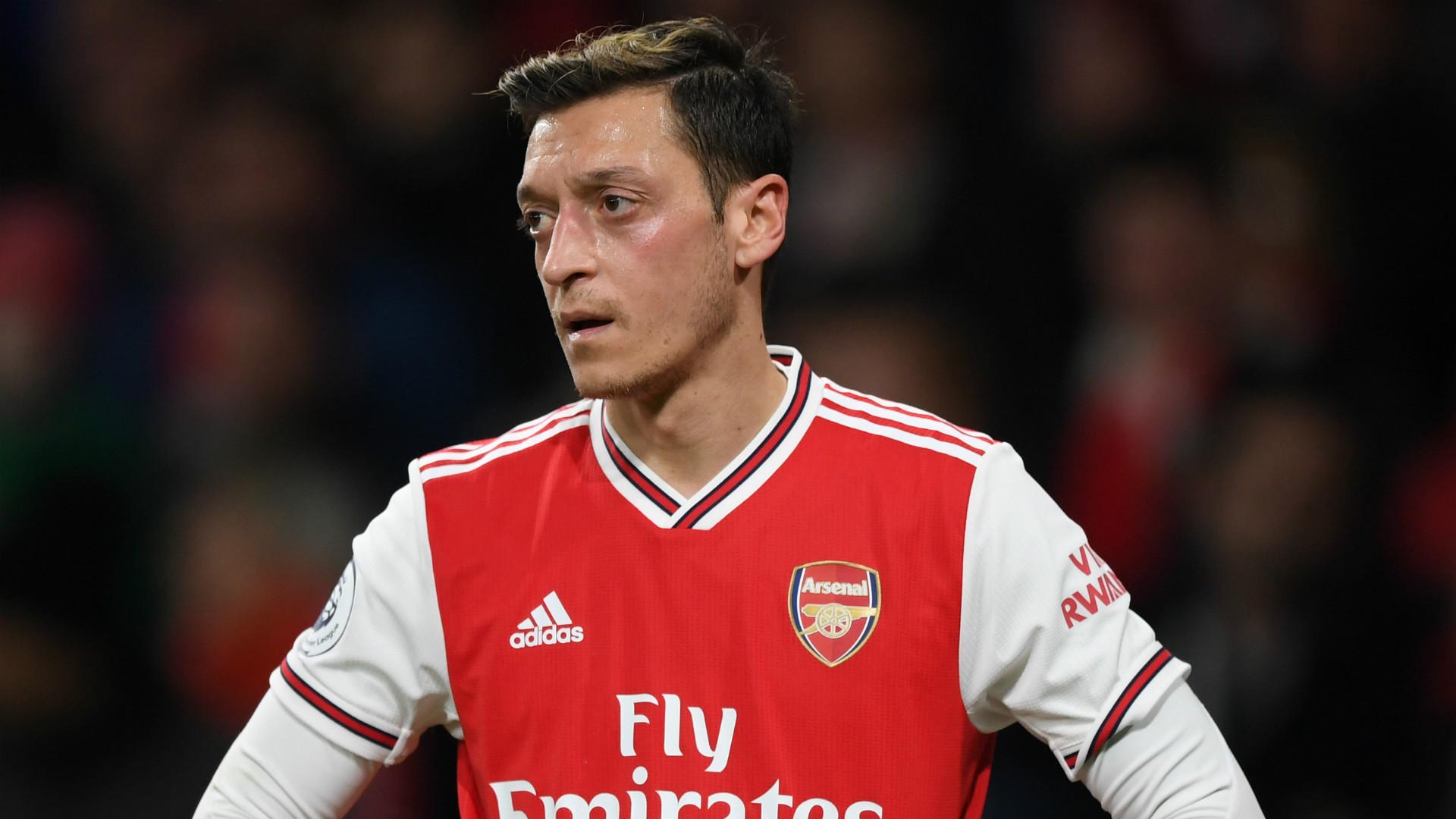 Người đại diện tiết lộ Ozil muốn hoàn thành hợp đồng với Arsenal | Goal.com