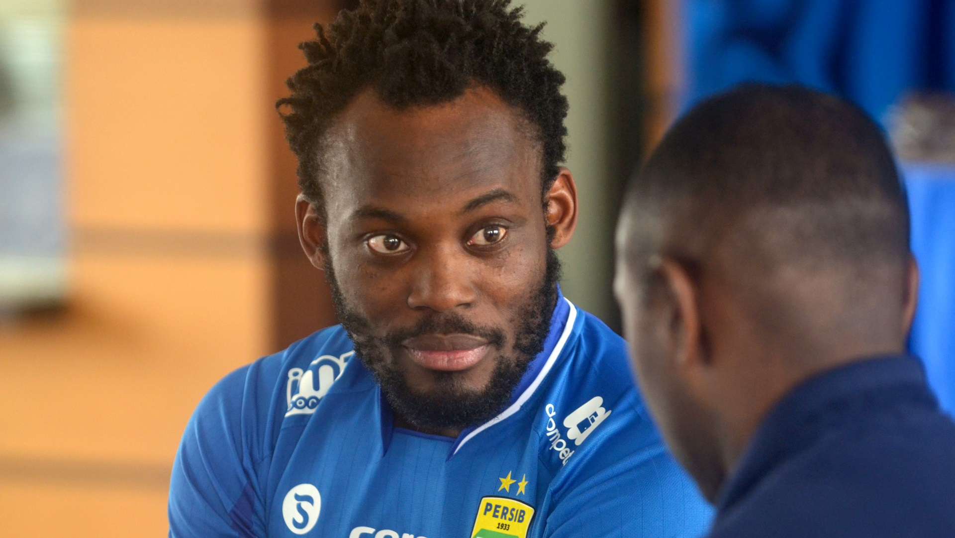Former Chelsea midfielder Essien reveals how Liverpool approached him