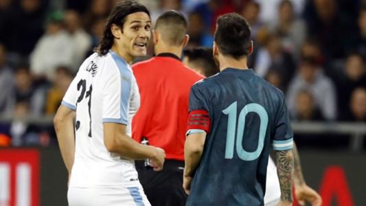 Argentina 2-2 Uruguay: Messi đáp trả cực gắt lời thách đánh nhau từ Cavani | Goal.com