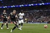 Donny van de Beek Tottenham Hotspur Ajax UEFA Champions League 04/30/19