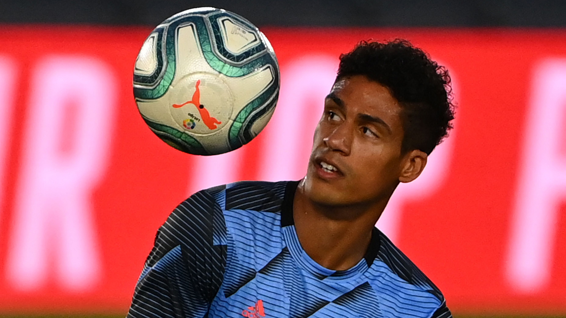 Varane has agreement with Man Utd until 2026 as talks with Real Madrid continue