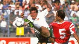 Tony Cascarino Ireland Egypt 1990 World Cup