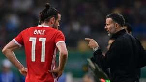 Gareth Bale Ryan Giggs Wales