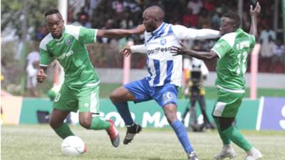 Whyvonne Isuza of AFC Leopards v Cecirdy Okeyo of Gor Mahia.