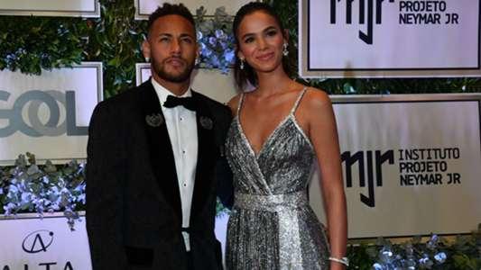 PSG news: Bruna Marquezine confirms split with boyfriend ... Neymar And Bruna Marquezine Broke Up