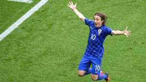 Luka Modric celebration fan Croatia Turkey Parc des Princes Euro 12062016