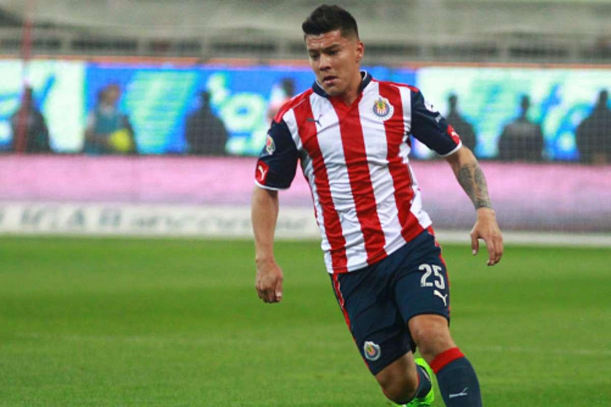Michael Pérez deja a Chivas para unirse a Querétaro   Goal.com
