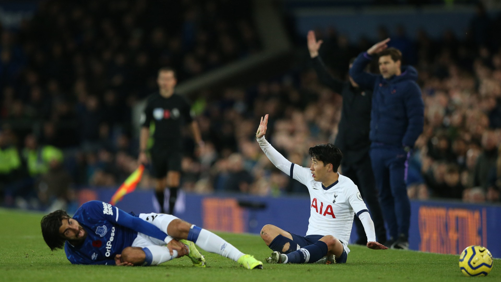 Everton-Tottenham, terribile infortunio per André Gomes: Son scoppia in lacrime
