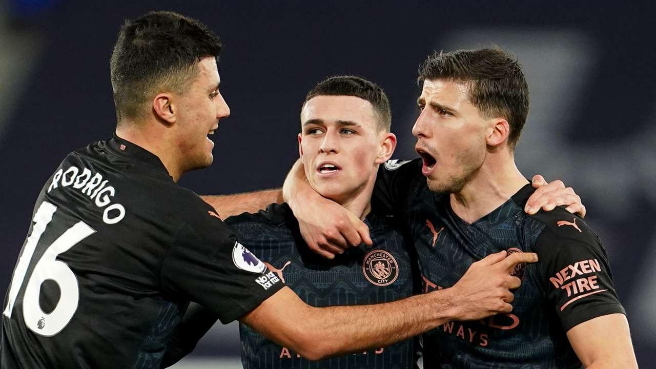 Manchester City celebrate Phil Foden goal vs Everton, Premier League 2020-21