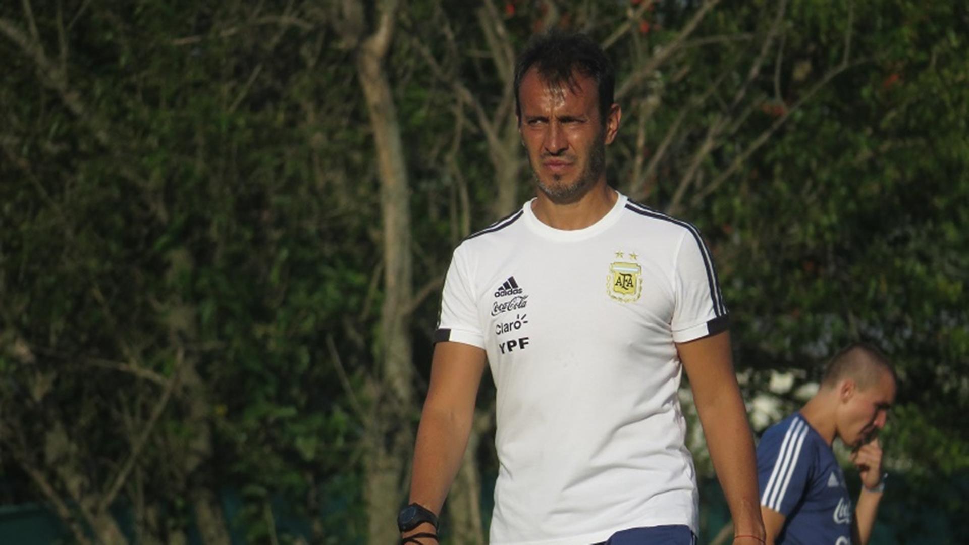 Quién es Fernando Batista, el DT de la Selección argentina Sub-20 y Sub-23   Goal.com