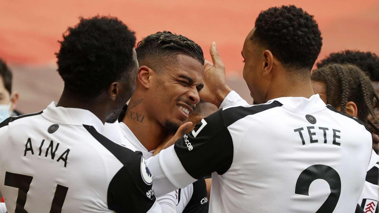 Fulham celebrate Mario Lemina goal vs Liverpool 2020-21