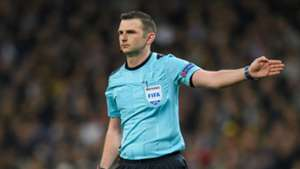 Michael Oliver Champions League 11042018